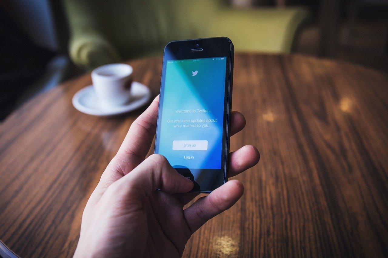 Twitter réagit face aux faux comptes de supporters afro-américains de Trump